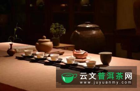 体内垃圾难以幸免,多喝热茶,清理体内污浊的因子