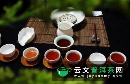 常喝红茶身体健康,但茶渣可千万喝不得
