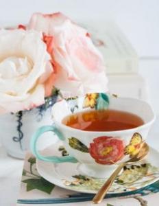 茶水超70℃致癌 太可怕了!