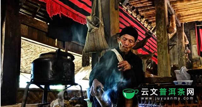佤族独特的饮茶习俗